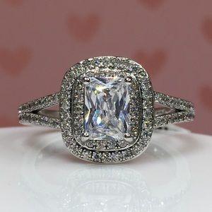 Jewelry - 18k white gold ring 8 diamond wedding 2.5 CT